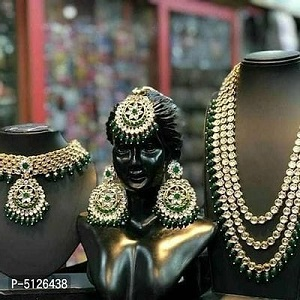 Stylish Alloy Gold Plated  Artificial Stones Jewelry Set For Women